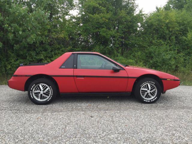 -for-sale-1984-pontiac-fiero-2m4-w80000-