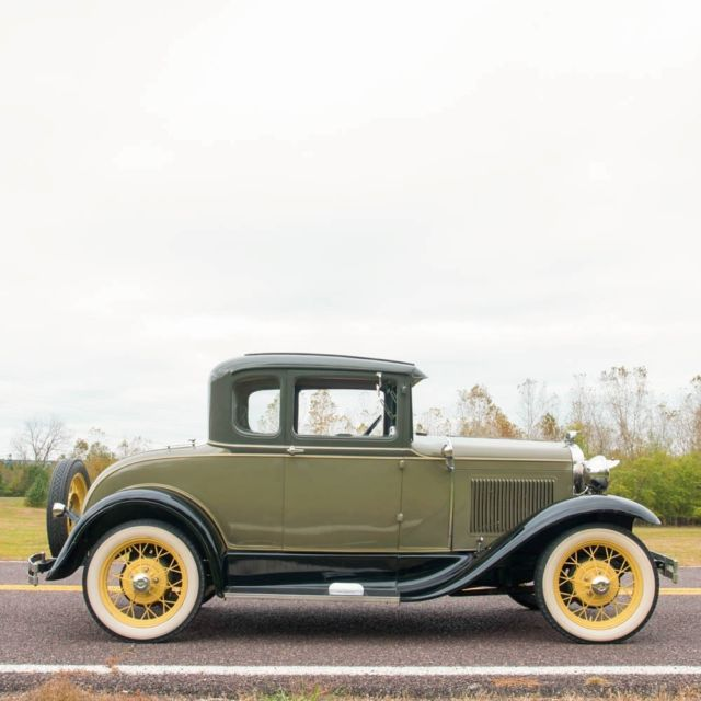 Ford model a coupe 1930 copra drab over chicle drab for for 1930 ford 3 window coupe