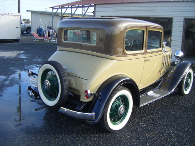 Chevrolet 5 PASSENGER COUPE Coupe 1932 TAN & BROWN For Sale  3032618
