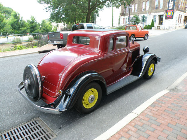 Plymouth other coupe 1933 maroon with black fenders for for 1933 plymouth 4 door sedan for sale