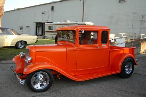 Ford Club Cab Pickup