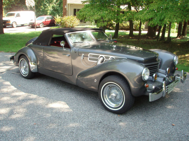 Cord 812 Royal Convertible 1937 Gray With A Black Top For 079r1084c