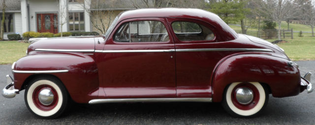 Plymouth special deluxe club coupe coupe 1947 maroon for for 1947 plymouth 2 door sedan