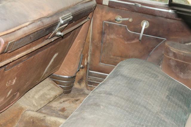 Packard Custom Clipper Sedan 1947 Tan For Sale  2122-3940