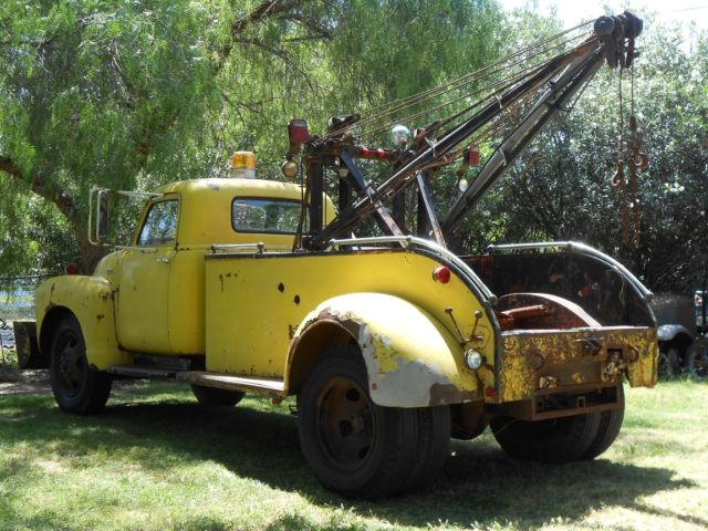 chevrolet other 1948 yellow for sale 6rwe2241 1948 chevy tow truck vintage car hauler. Black Bedroom Furniture Sets. Home Design Ideas