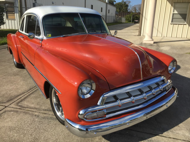 chevrolet deluxe coupe deluxe coupe 1952 burnt orange pearlescent white for sale 6kke19008 1952. Black Bedroom Furniture Sets. Home Design Ideas