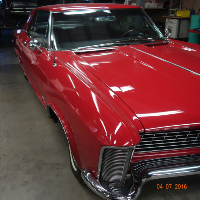 Buick Cars For Sale: Buick Riviera Coupe 1965 Red For Sale. 494475H935677 1965