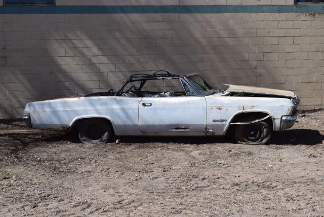 Chevrolet Impala Convertible 1965 White For Sale 166675R207591