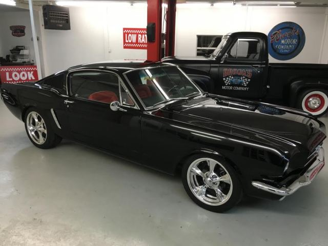 ford mustang fastback 1965 black for sale 5f09t354533 1965 ford mustang fastback 2 2 resto mod. Black Bedroom Furniture Sets. Home Design Ideas