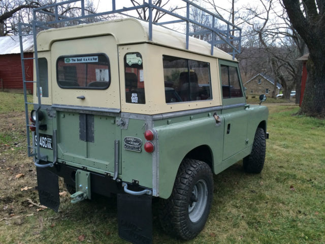 Land Rover Defender Suv 1965 Pastel Green Amp Limestone For