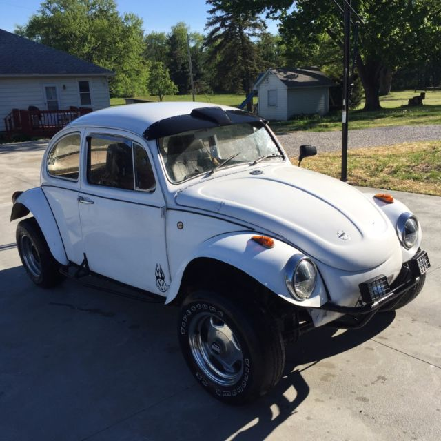 Volkswagen Bug For Sale: Classic 1966 White For Sale. 116951542