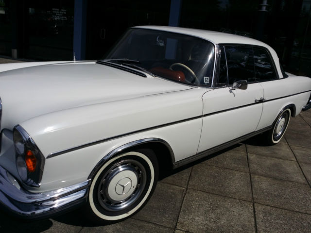 Mercedes benz 200 series coupe 1967 white for sale for Mercedes benz 250 se