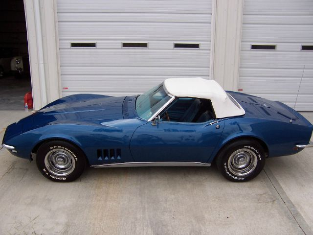 chevrolet corvette 1968 blue for sale 194678s409907 1968 chevrolet rh findclassicars com 2 Speed Manual 4 Speed Manual
