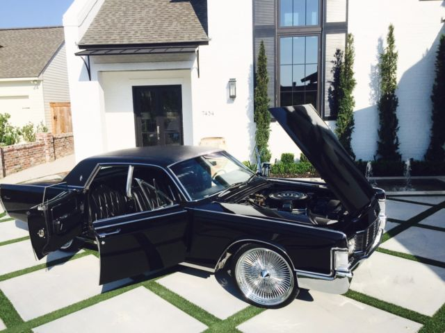 1968-lincoln-continental-suicide-doors-r