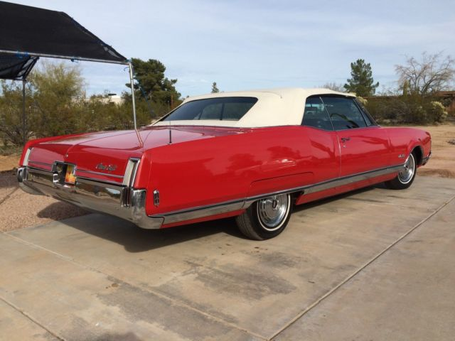 oldsmobile ninety eight convertible 19680000 scarlet red. Black Bedroom Furniture Sets. Home Design Ideas