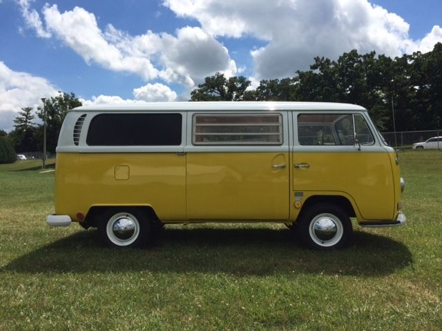 Volkswagen Bus Vanagon 1968 Yellow White For Sale