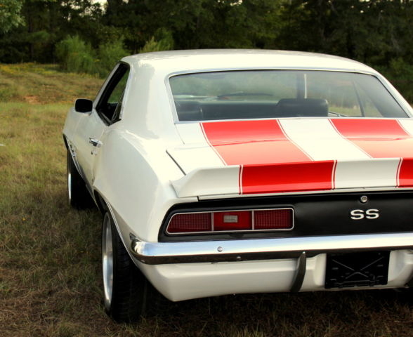 Chevrolet Camaro Coupe 1969 White For Sale 124379n522367
