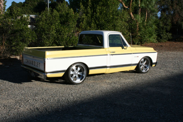 Chevrolet C 10 Pick Up 1970 Yellow White For Sale 1970 Chevy C10 Cst Shortbed Pick Up Gmc