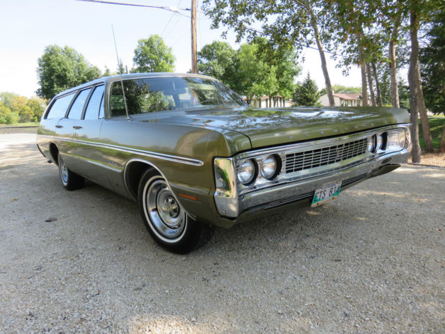 plymouth fury wagon 1970 green for sale pm45god181248. Black Bedroom Furniture Sets. Home Design Ideas