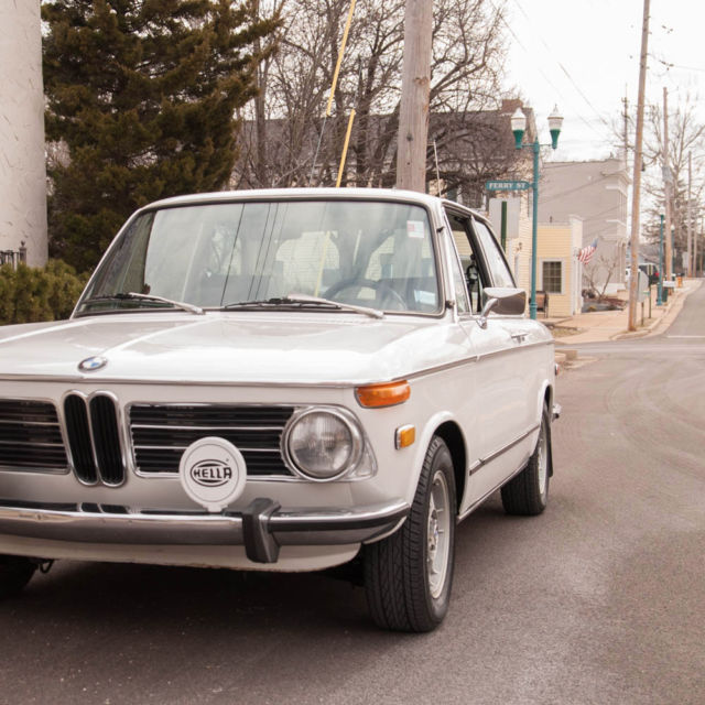 BMW 2002 Coupe 1972 White For Sale. 1972 BMW 2002tii