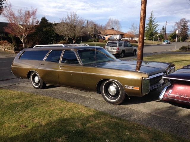 Plymouth Fury Station Wagon 1972 Gold Green Metallic For