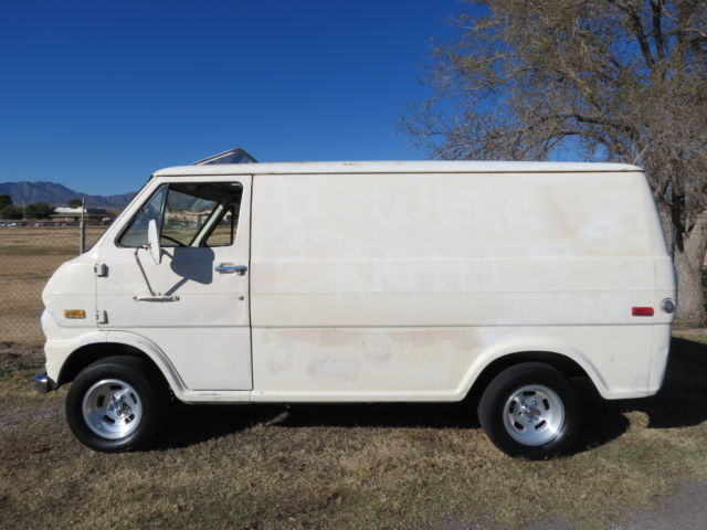 bd1ea921f6 Ford E-Series Van van 1974 White For Sale. E14AHV62306 1974 Ford Van ...