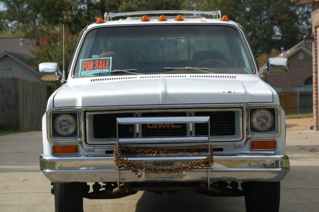 GMC Sierra Crew Cab Pickup White For Sale Xfgivenvin - Square body chevy for sale
