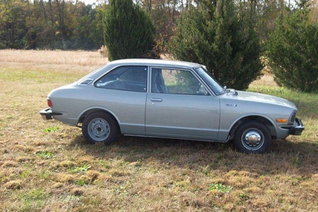 toyota corolla coupe 1974 gray for sale ke201188355 1974 toyota corolla. Black Bedroom Furniture Sets. Home Design Ideas