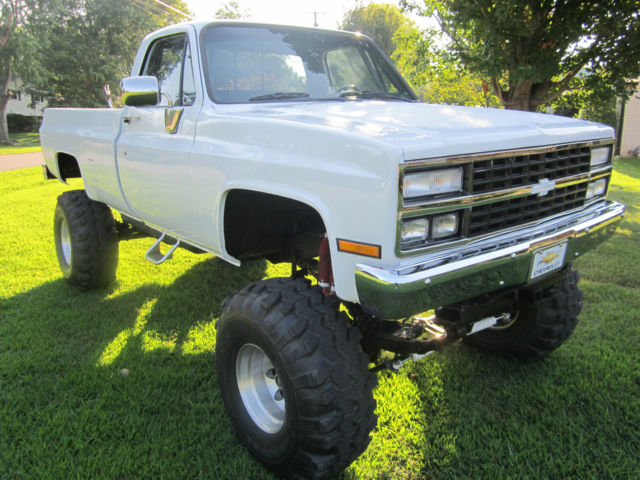 chevrolet c k pickup 2500 cab chassis 1975 white for sale xfgiven vin xfields vin xfgiven. Black Bedroom Furniture Sets. Home Design Ideas