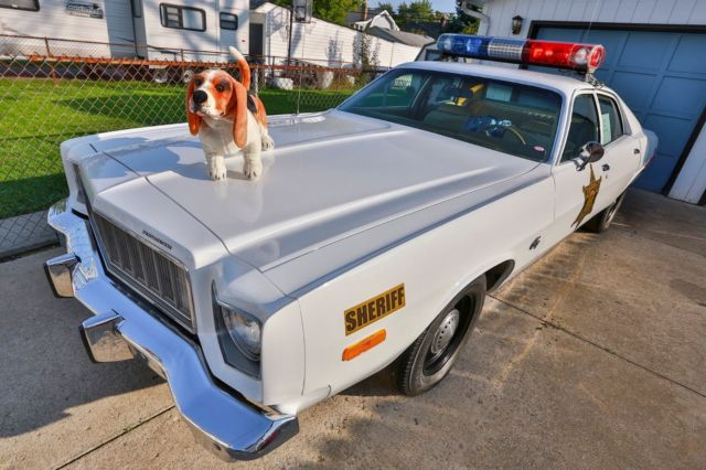 plymouth fury sedan 1975 white for sale rh41g5a233147 1975 plymouth fury dukes of hazzard. Black Bedroom Furniture Sets. Home Design Ideas
