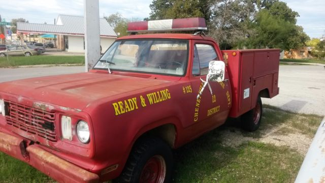 Dodge ram 3500 utility 1976 red for sale w24be7s048087 1976 dodge 1 1976 dodge 1 ton 4x4 truck utility bed m880 w200 fire truck light bar works aloadofball Image collections