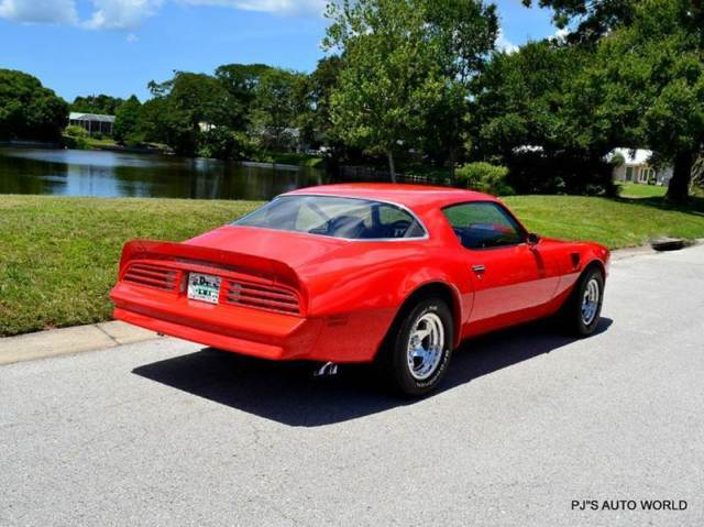 pontiac trans am 1976 red for sale 2w87w69550885 1976. Black Bedroom Furniture Sets. Home Design Ideas