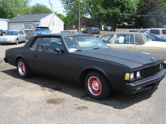 chevrolet caprice coupe 1977 black for sale 1s87l7l511916 1977 chevy caprice 2 door v8 auto hot. Black Bedroom Furniture Sets. Home Design Ideas