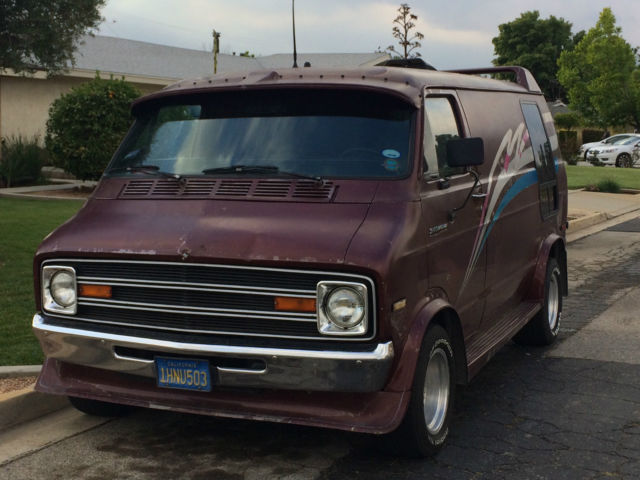 Dodge Ram Van [xfgiven_type]%xfields_type%[/xfgiven_type] 1977 Burgundy For Sale. [xfgiven_vin ...