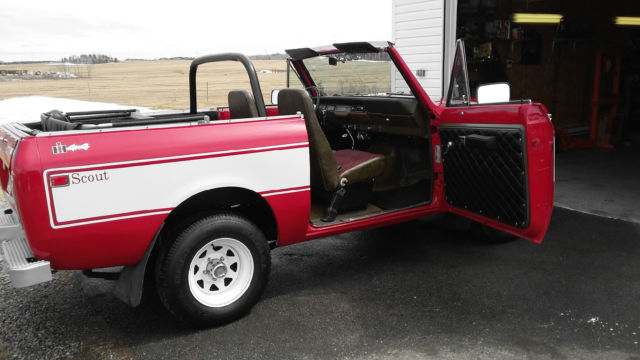 international harvester scout coupe 1977 red and white strip for sale ggd23047 1977 show truck. Black Bedroom Furniture Sets. Home Design Ideas