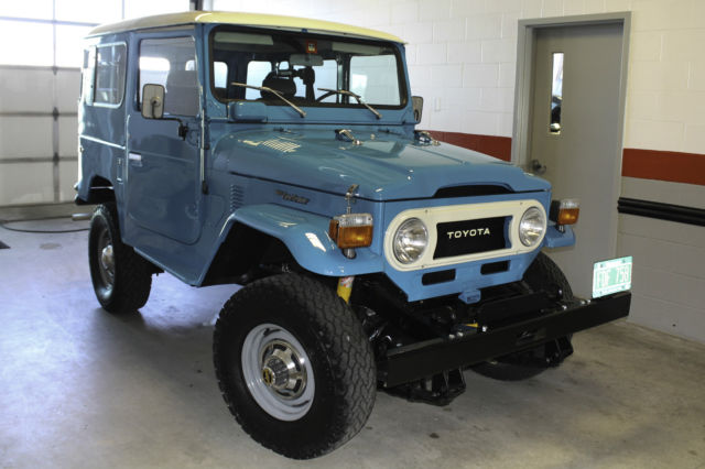 Toyota Land Cruiser SUV 19770000 Blue For Sale  FJ40240936 1977