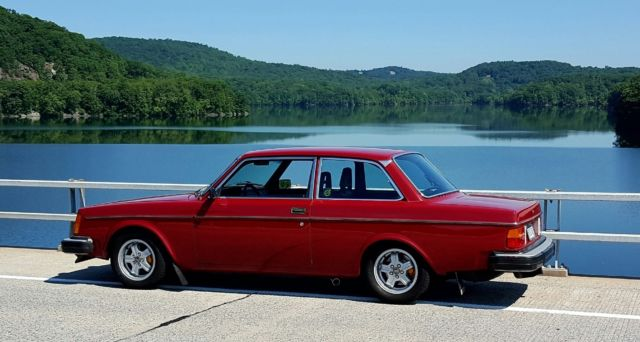 Volvo 240 Coupe 1980 Burgundy For Sale. VC24245A1177634 1980 Volvo