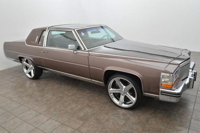 Cadillac Fleetwood Brougham Delegance Coupe Door L