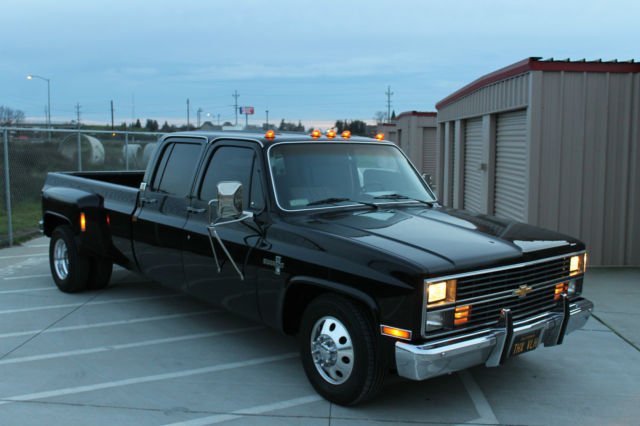 chevrolet other pickups crew cab pickup 1984 black for sale 1gchc33wxes142010 1984 chevrolet. Black Bedroom Furniture Sets. Home Design Ideas