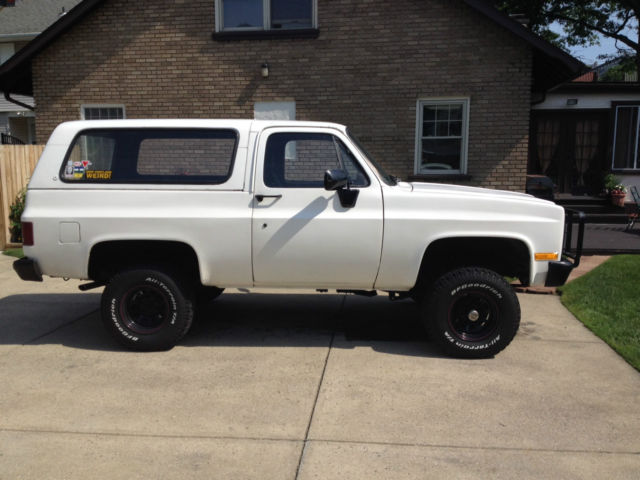 Great Chevrolet Blazer 4WD for sale. This Chevrolet Blazer is a great suv and it runs & drives excellent. The Chevrolet Blazer is clean and it has a/c, heat, power windows, power door locks, cd/radio, cloth seats, tow package, alloy wheels, and Founder: Sean Coffman.