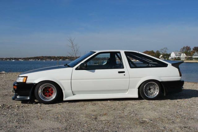 toyota corolla hatchback coupe 1985 white black for sale 11111111111111111 1985 authenitc jdm. Black Bedroom Furniture Sets. Home Design Ideas