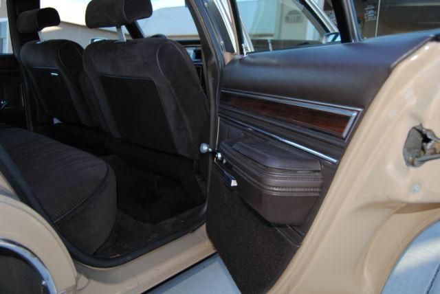 ford crown victoria sedan 1985 tan for sale 2fabp43f8fx178895 1985 ford ltd crown victoria 4. Black Bedroom Furniture Sets. Home Design Ideas
