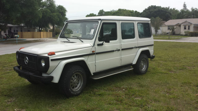 Mercedes benz g class suv 1985 white for sale for Mercedes benz w463 for sale
