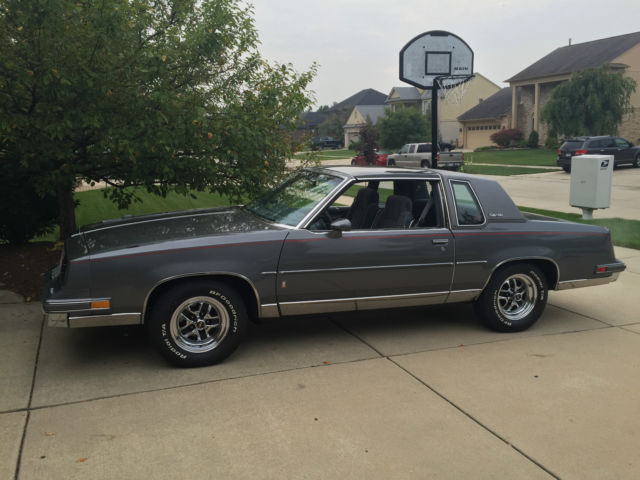 Oldsmobile Cutlass Coupe 1985 Gray For Sale 1G3GK47Y9FR418783 Salon 30K Miles V8 T Tops Like New VIDEO MUST SEE