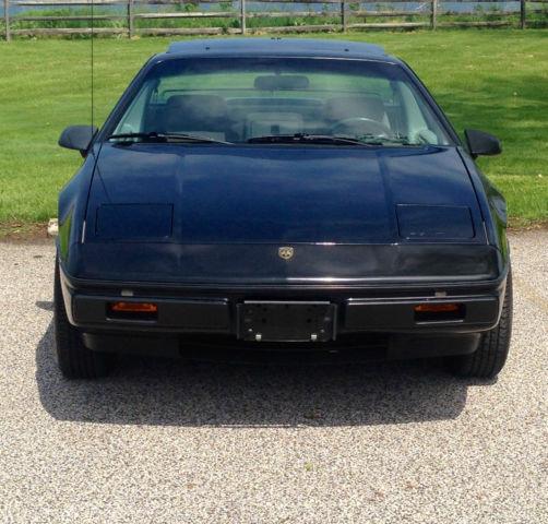 Pontiac Fiero Coupe 1985 Black For Sale. 1G2PF37R4FP245505