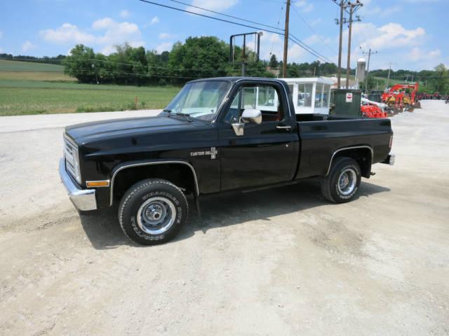 Chevrolet C 10 Standard Cab Pickup 1986 Black For Sale 2gcek14hxg1136429 1986 Chevrolet C10