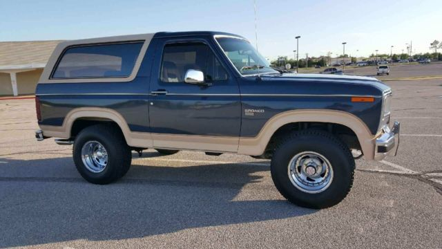 ford bronco suv 1986 blue tan for sale. Black Bedroom Furniture Sets. Home Design Ideas