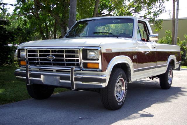 ford f 150 standard cab pickup 1986 offwhite burgundy for sale 1ftef15h7gla72699 1986 ford f. Black Bedroom Furniture Sets. Home Design Ideas