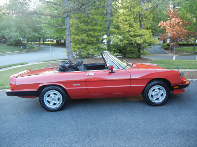 Alfa Romeo Spider Convertible Red For Sale ZARBAG - 1986 alfa romeo spider veloce for sale