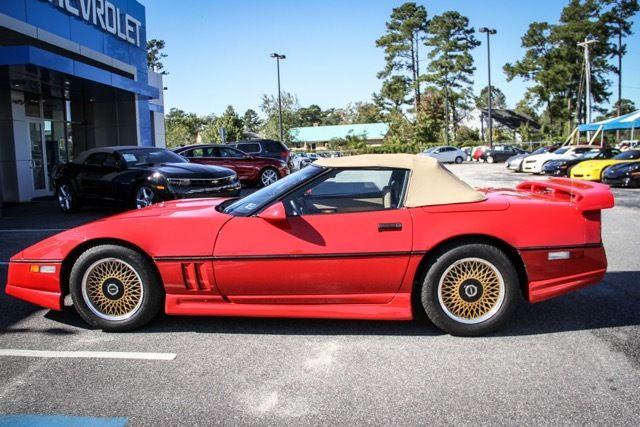 chevrolet corvette convertible 19870000 bright red for. Black Bedroom Furniture Sets. Home Design Ideas